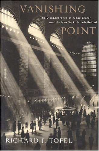 The best books on The Changing Business of Journalism - Vanishing Point by Richard Tofel