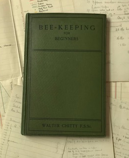 The best books on Honeybees - Beekeeping journals from the 1940s